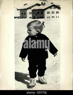 10 mars 1969 - Fils de la princesse Beatrix en vacances à Lech, Autriche; les membres de la famille royale néerlandaise Banque D'Images