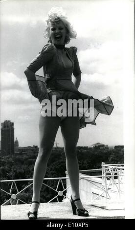 08 août, 1974 - La nouvelle Marilyn Monroe: Sandra Dickinson, Américain de 25 ans a été choisi pour jouer la fin Banque D'Images