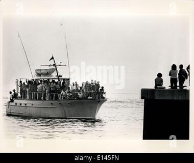 Avril 04, 2012 - les réfugiés cubains arrivant à la base navale de Key West.