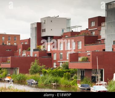Maisons et appartements sur l'eau de IJburg Amsterdam Banque D'Images