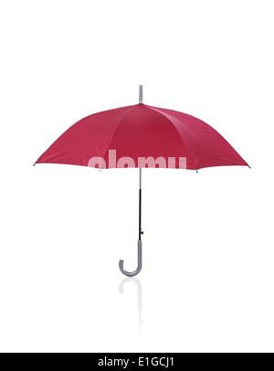 Ouvrir parapluie rouge isolé sur fond blanc Banque D'Images