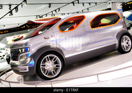 Ford Airstream concept car crossover futuriste powered by HySeries Drive plug-in hybride hydrogène les piles à combustible Banque D'Images