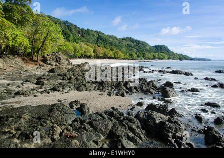 La plage de Montezuma, dans la province de Puntarenas, Costa Rica Banque D'Images