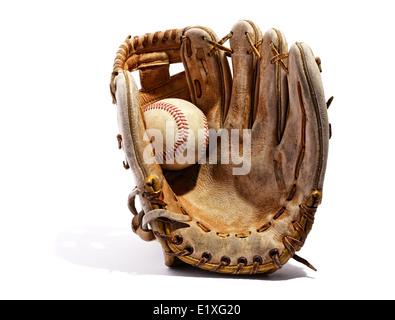 Old vintage cuir gant de baseball Banque D'Images