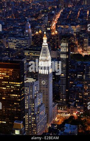 United States, New York, Manhattan, Midtown, des gratte-ciel de la Metropolitan Life Insurance Company Tower entre Banque D'Images