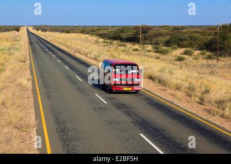 La Namibie, région de Kunene Kaokoland, ou des environs, Kaokoveld Opuwo, road Banque D'Images