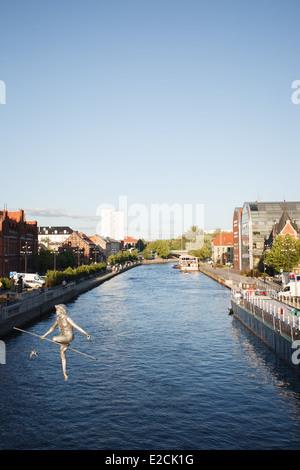 La rivière Brda est vu dans le vieux centre de Bydgoszcz, Pologne. Banque D'Images