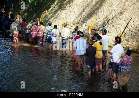 L'INDONÉSIE, Bali, Ubud, près de Tampaksiring, fête traditionnelle Banque D'Images