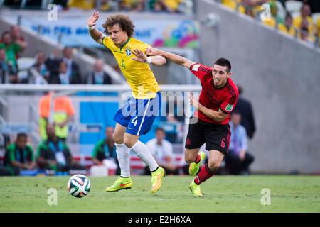 Football coupe du monde de la fifa br sil 2014 banque d - Coupe du monde de la fifa bresil 2014 ...