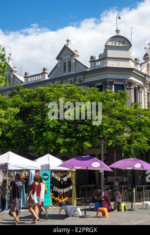 Australie, Queensland, Brisbane, Southbank Parklands, Stanley Street Plaza, Saturday Market, shopping shopper shoppers Banque D'Images