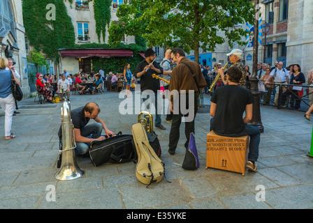 Paris, France, musiciens de jazz dans la rue, Festival National de Musique annuel 'Fête de la Musique fête de la Banque D'Images