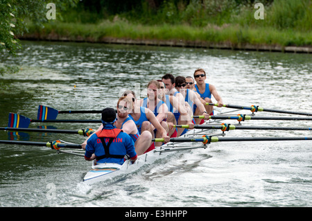Cambridge peut bosses, Darwin College men's 8 Banque D'Images