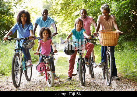 Multi Generation African American Family sur Cycle Ride Banque D'Images