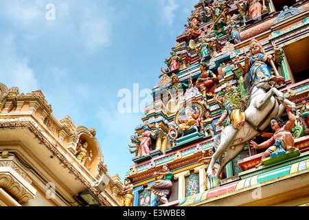 Détail de Temple Sri Mahamariamman, le plus ancien temple hindou de Kuala Lumpur. Banque D'Images