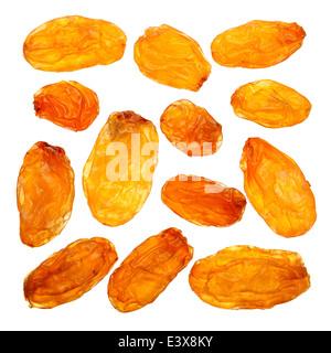 Raisin jaune libre isolated on white