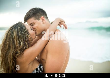 Couple, Ipanema Beach, Rio de Janeiro, Brésil Banque D'Images