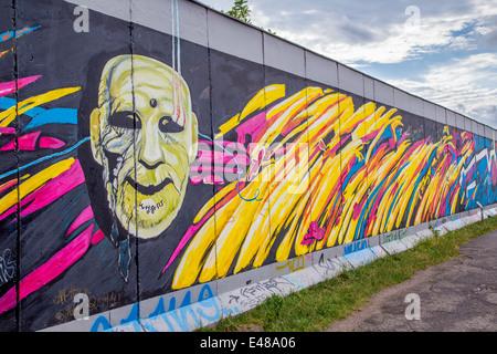 Mur de Berlin l'art du graffiti à l'East Side Gallery, Berlin, Allemagne Banque D'Images