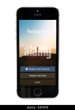 L'application Instagram sur un Apple iPhone 5S Banque D'Images