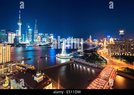 Belle scène de nuit à Shanghai Banque D'Images