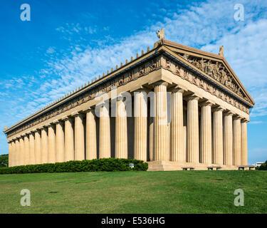 Réplique du Parthénon au Parc du Centenaire à Nashville, Tennessee, USA. Banque D'Images