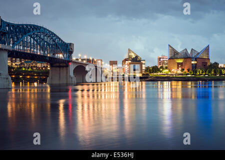 Chattanooga, Tennessee, États-Unis centre-ville la nuit. Banque D'Images