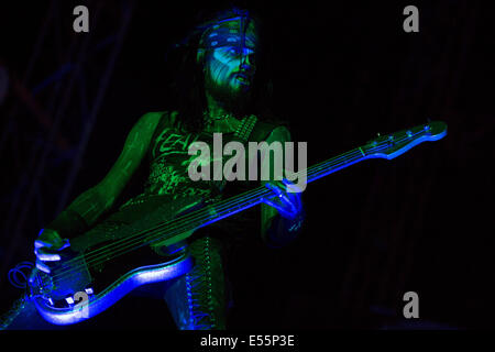Oshkosh, Wisconsin, USA. 17 juillet, 2014. Le bassiste PIGGY D. effectue vivre avec Rob Zombie en 2014 USA Rock Music Festival à Oshkosh Wisconsin © Daniel DeSlover/ZUMA/Alamy Fil Live News