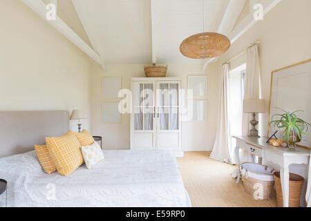 Chambres et du cabinet dans la chambre de maison rustique Banque D'Images