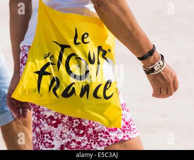 Paris, France. 27 juillet, 2014. Détail d'un gadget du Tour de France. Le dimanche 27 juillet 2014 les champs Elisées Banque D'Images