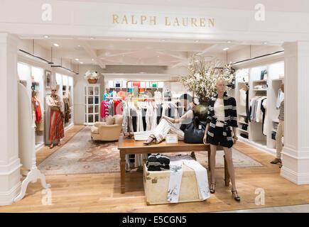 ... Ralph Lauren womens fashion magasin de vêtements à Tokyo au Japon  Banque D Images 7e796d032ee