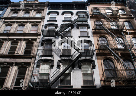 Fire Escape, Tribeca, Manhattan, New York City, New York. Une issue de secours est un type spécial de sortie de Banque D'Images