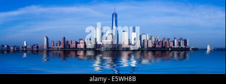 Lower Manhattan, New York City, États-Unis d'Exchange Place au crépuscule Banque D'Images