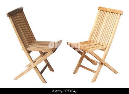 Deux chaises en bois isolé sur fond blanc Banque D'Images