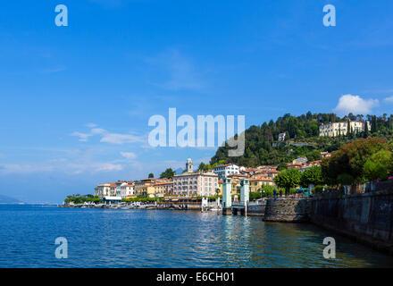 Le lac de Côme. Du lac à Bellagio, Lac de Côme, Lombardie, Italie Banque D'Images