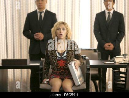 LUCY 2014 Canal+ film avec Scarlett Johansson Banque D'Images
