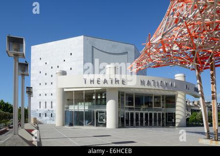 Théâtre National de Nice théâtre ou à côté du Musée d'Art Moderne ou MAMAC sur la Promenade des Arts NICE Alpes-Maritimes France Banque D'Images