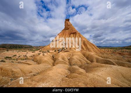 Castildetierra ou Castil de Tierra rock formation, du Parc Naturel de Bardenas Reales, Réserve de biosphère, Navarre, Espagne