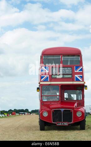 AEC Routemaster, Londres bus rouge à deux étages. Classe RCL. Tous les transports. UK Banque D'Images