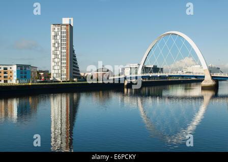 Clyde Arc 'quinty' Pont sur la rivière Clyde, Glasgow