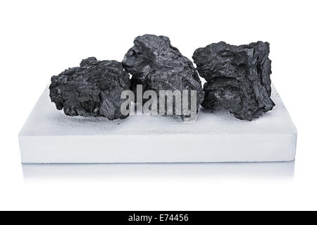 Charbon noir et blanc pour firelighter BBQ isolated on white Banque D'Images