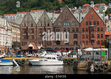 Bord de l'eau près du marché aux poissons, Bergen, Norvège, Scandinavie. Banque D'Images