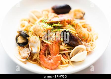 Plat de pâtes de fruits de mer détail Banque D'Images