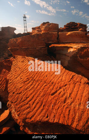 Les ondulations du sable fossilisé dans les roches anciennes à Gantheaume Point, Broome, région de Kimberley, en Banque D'Images
