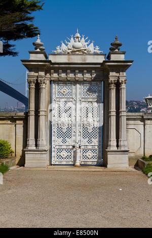 La porte en Palais Beylerbeyi, Istanbul, Turquie Banque D'Images
