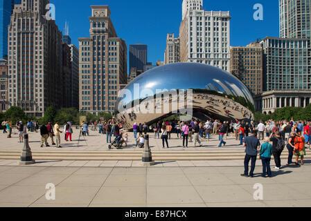 Cloud Gate, Chicago Bean dans le Millennium Park, le Bean Banque D'Images