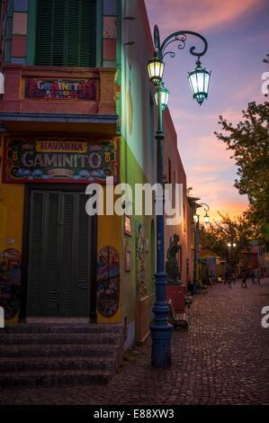 El Caminito, au crépuscule, La Boca, Buenos Aires, Argentine, Amérique du Sud Banque D'Images