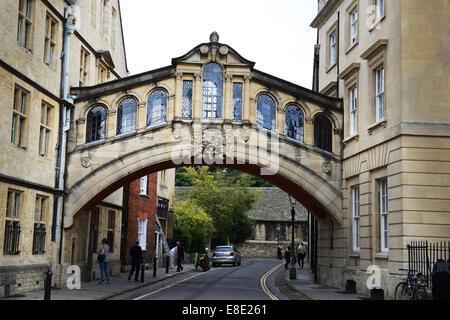 Centre-ville d'Oxford: Oxford GV est le Pont des Soupirs Catchline: Oxford GVs Longueur: Pic de plomb en direct Banque D'Images