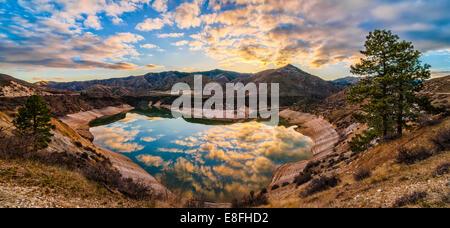 USA, Ohio, Ada, Boise, Lucky Peak, pic de la chance, le réservoir du lac en forme de coeur Banque D'Images