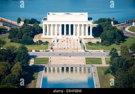WASHINGTON DC, USA - un portrait du Lincoln Memorial et une partie de la Reflecting Pool, vu du haut de la Washington Banque D'Images