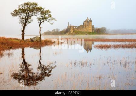 Le Château de Kilchurn sur Loch Awe à Argyll and Bute, Ecosse