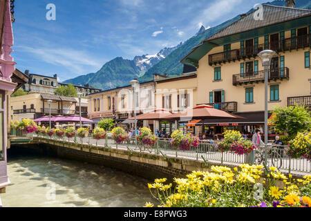 Le centre-ville de Chamonix, Alpes, France, Europe en été